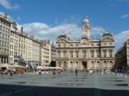 lyon_place_des_terreaux_1