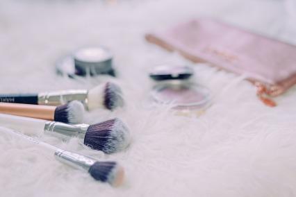 brush-2588168_1280